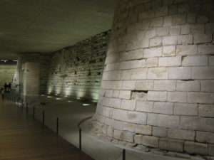 Foundations of the original Louvre Palace. Photo by Gary Cycles (2011). PD-CCA 2.0 Generic. Wikimedia Commons.